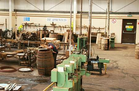 Speyside Cooperage Blick ins Fass